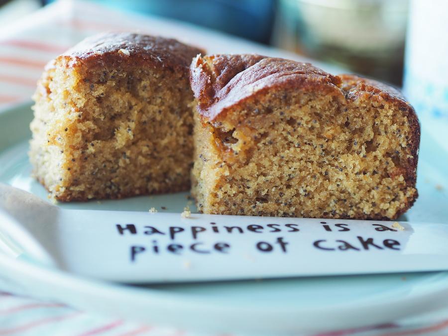 Glutensiz ve sütsüz limonlu haşhaşlı kek 1