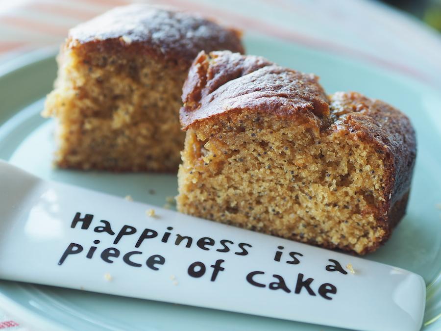 Glutensiz ve sütsüz limonlu haşhaşlı kek 4