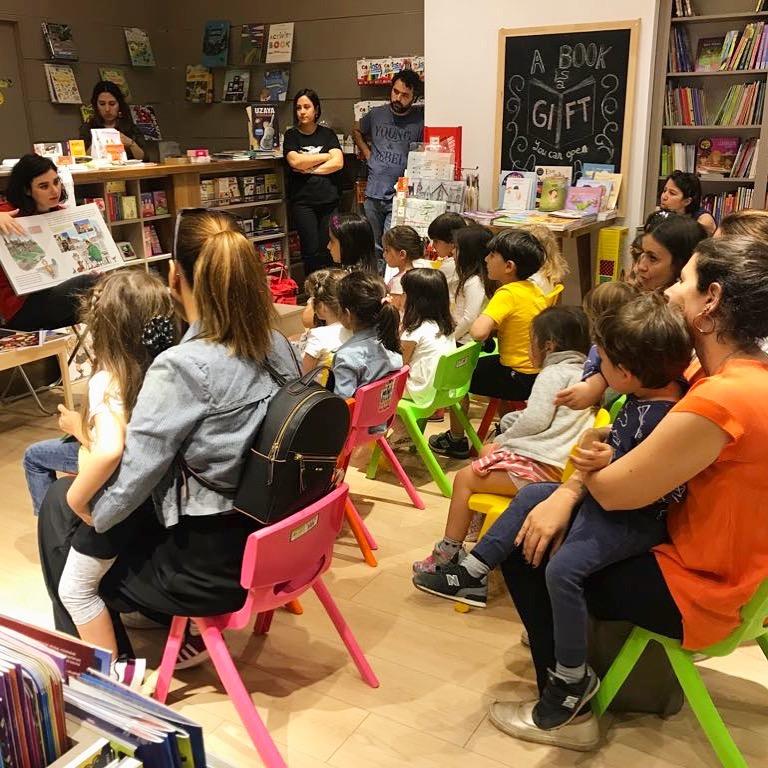İzmir Tırtıl Kids Kitabevi'nde Okuma Atölyesi