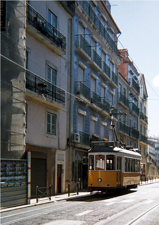 Avrupa'nın en renkli şehri: Lizbon 8