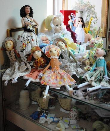 Dolly's House (Bolshoy Pr. 3-a) 1