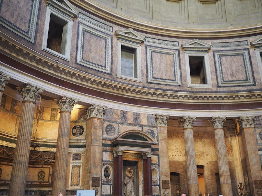 Çocukla Roma tatili Colosseum 9
